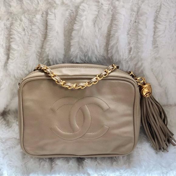 ee7746092fa0 CHANEL Handbags - Rare Chanel CC Vintage Lambskin Camera Bag